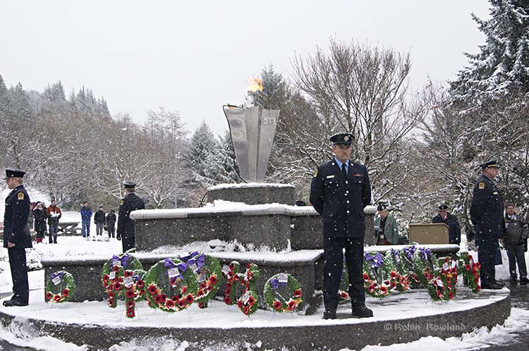 Firefighters at cenotaph
