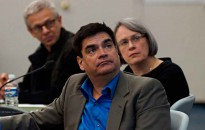 Members of the The Joint Review Panel hearing evidence on the Northern Gateway pipeline, Hans Matthews, centre, chair Sheila Leggett,  right, chair and Kenneth Bateman (left)  during the second day of hearings at the Northern Gateway Joint Review hearing  at Kitamaat Village, BC,  Jan 11, 2012. (Robin Rowland shot for Reuters)