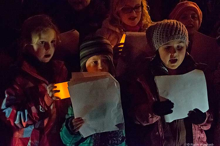 Holiday season begins with Kitimat's rain-drenched Festival of Lights