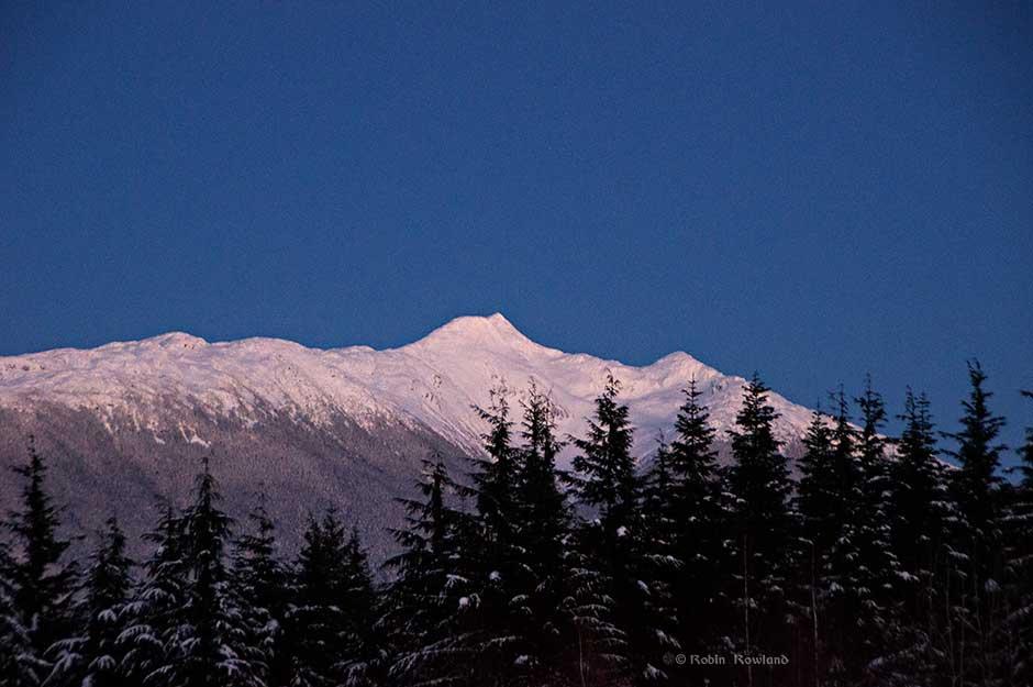 MtElizabeth_Dec24_dusk