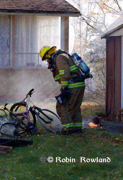 225-firefighterbike2-thumb-475x693-224.jpg