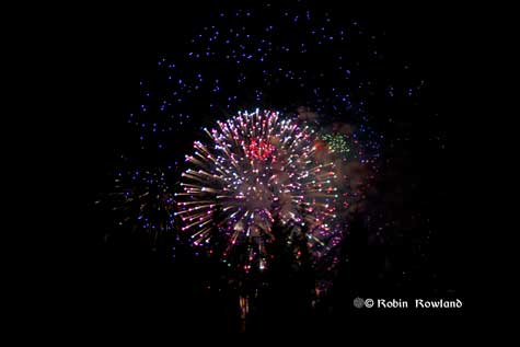 303-fireworks5.jpg